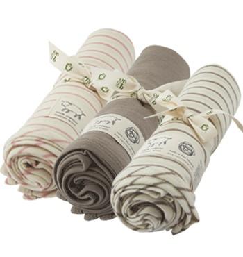 baby gift ideas | merino wraps