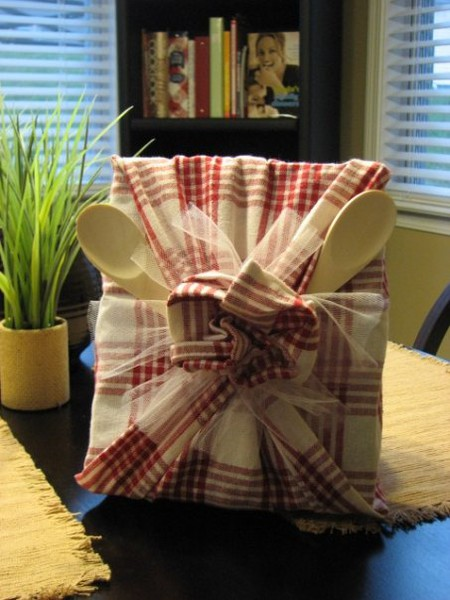 The paper package blog these are a few of our for Housewarming shower ideas